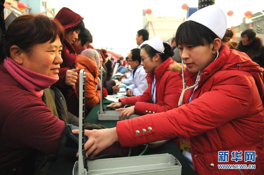 人口老龄化_2012年江苏人口