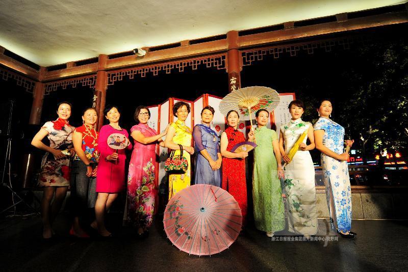杭州:北山之夜旗袍秀_新华网上海频道