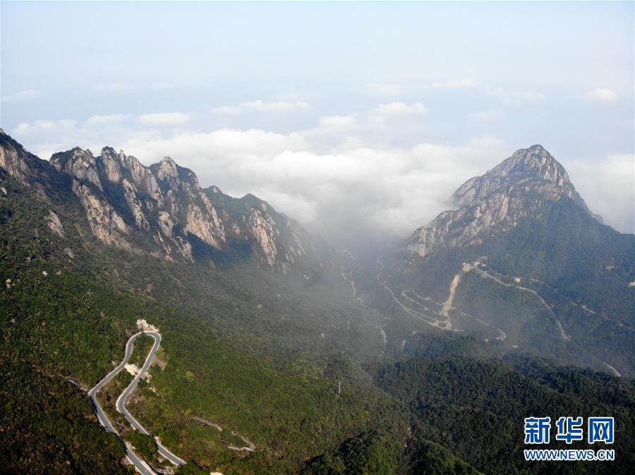 (新华视界)(3)安徽绩溪:秋日风景美如画
