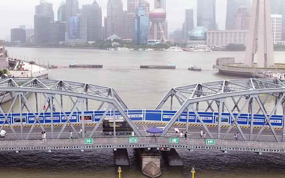 新华网新闻无人机导航直播车上海首秀 全景聚焦美术大咖