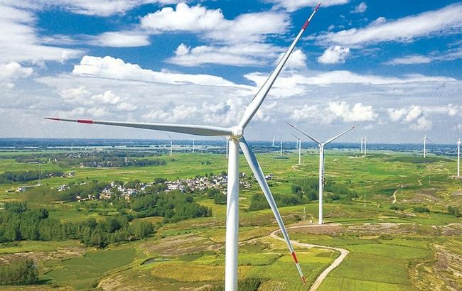 """""""大风车""""转出绿色能源"""