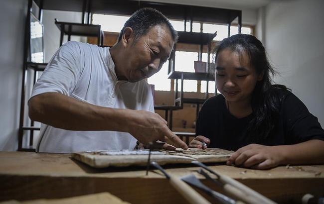 江苏泰州积极打造雕艺特色小镇