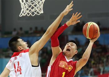 篮球——男子成年组:上海队胜解放军队