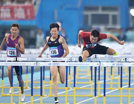 """全运""""上海时刻"""":110米栏七连冠 400米破16年纪录"""
