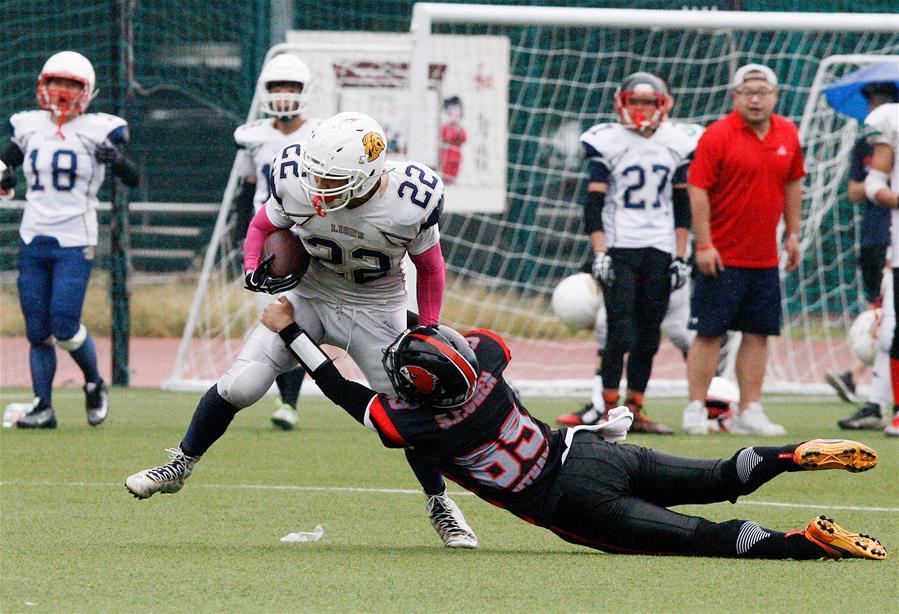 橄榄球——AFLC联赛:夜鹰队胜大学生联队