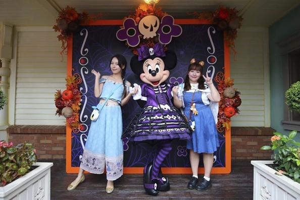 上海迪士尼和欢乐谷国庆PK 这些地方一天真的玩不够