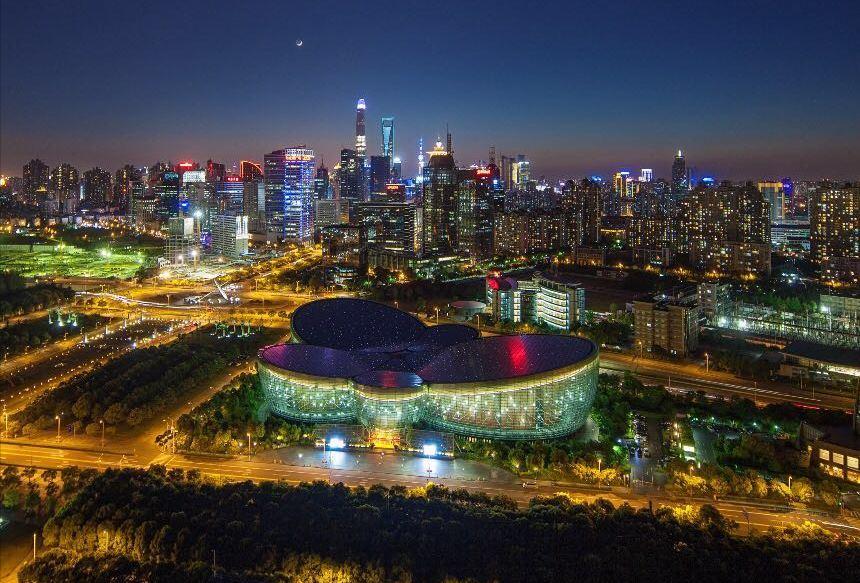 """绽放的""""蝴蝶兰"""" 上海东方艺术中心成长掠影"""