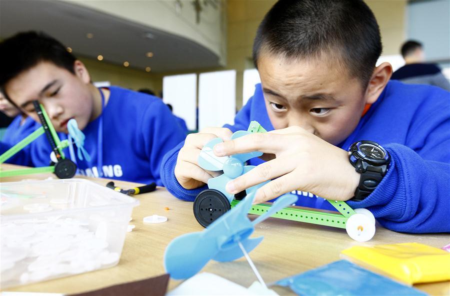 上海:手脑一起动 科普创新探未来