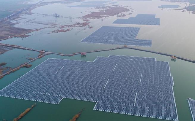 採煤坍陷區建起光伏電站
