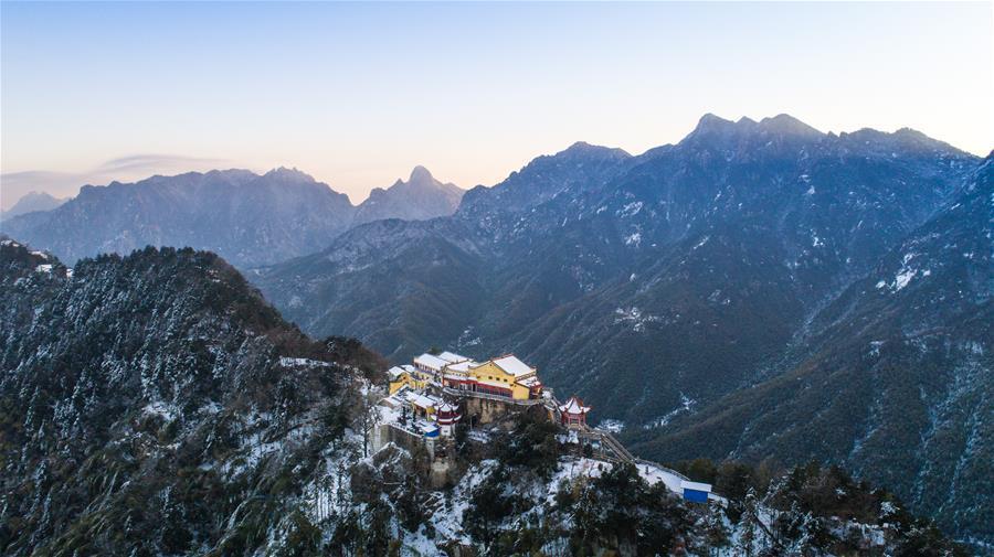 雪后九华山