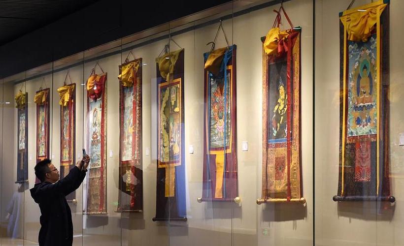 """""""文创西藏""""巡展在南京开展"""