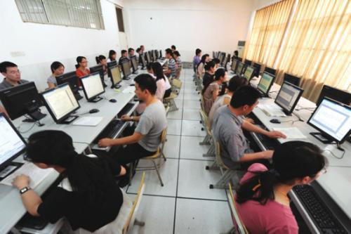 中考閱卷全揭秘 合肥市近600名評卷教師昨上陣