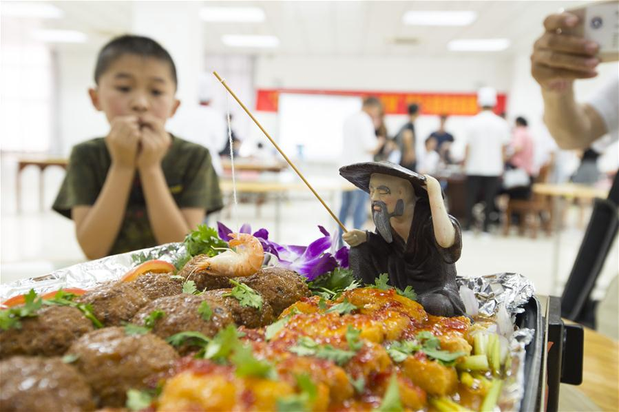 江苏海安:农家宴厨艺大比拼