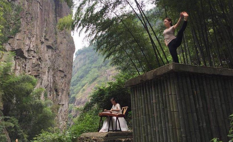 浙江:夏季到竹乡去纳凉