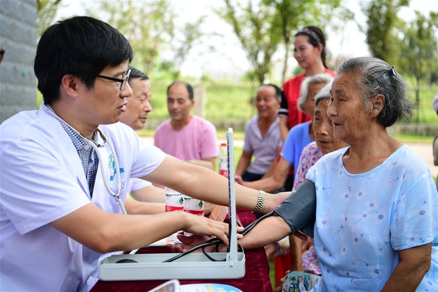 安徽肥西:志願服務 情暖社區
