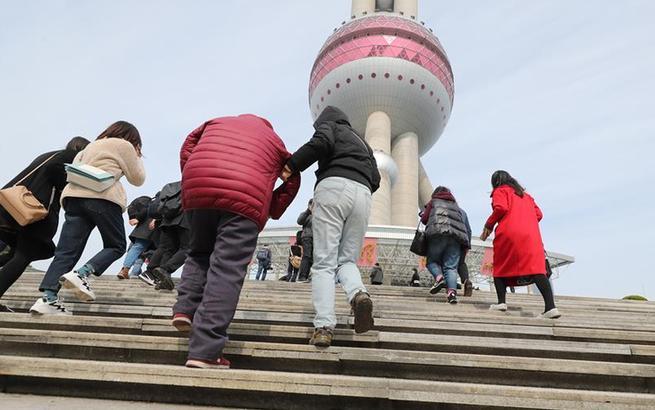 上海:陆家嘴经典地标恢复开放