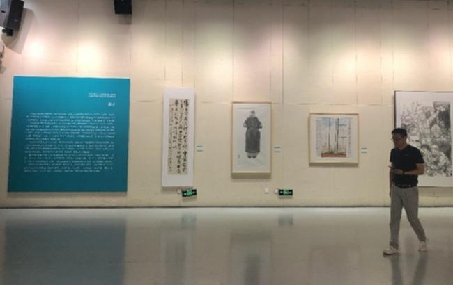 江苏省抗疫主题美术书法精品展在泰州开展