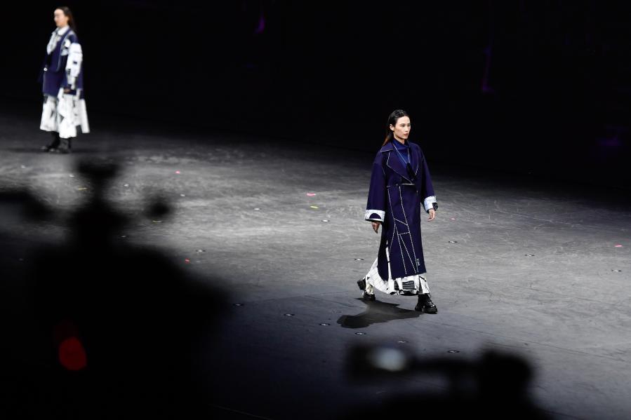 杭州举办第十四届中国国际女装设计大奖赛